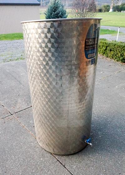 Small Variable Capacity Tank